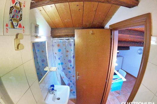 Vista camera dal bagno