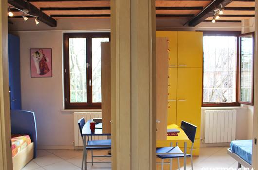 Vista delle due camere dalla cucina