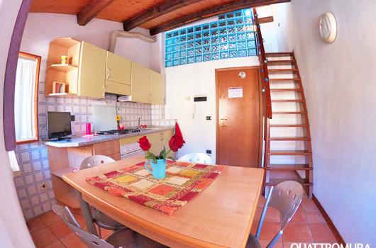 Appartamento disposto su 2 piani