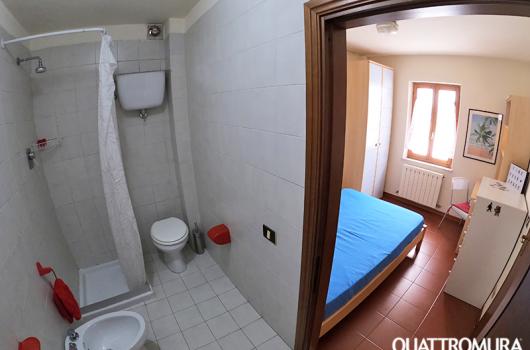 Camera vista dal bagno