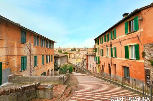 Vista della casa da Via Appia